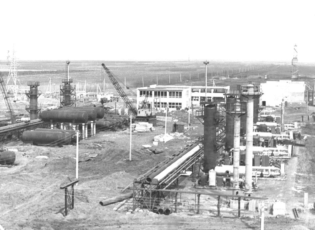 Строительная площадка УКПГ-2. 1971год